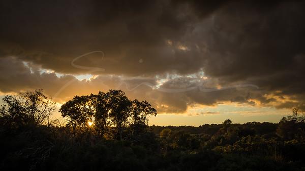 Le ciel au-dessus de la Plaine des Maures | the sky over the Provence