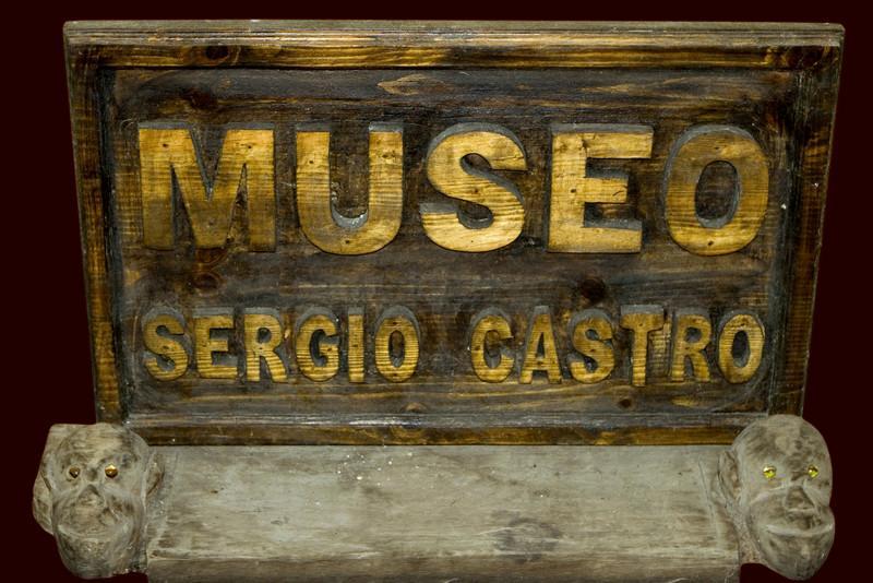 Si vous passez à San Cristobal de las Casas, venez voir le musée de Sergio, venez découvrir un lieu mais aussi un homme rare. Un homme attachant qui vous surprendra par sa culture et sa générosité.