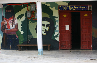clinique zapatiste / clínica zapatista / Zapatist private clinic / Zapatistenklinik