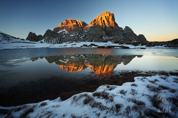 Blazing Calm of Frozen Lands