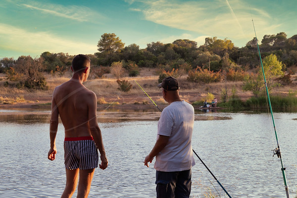 Le pêcheur au bord du lac | the angler at the lake