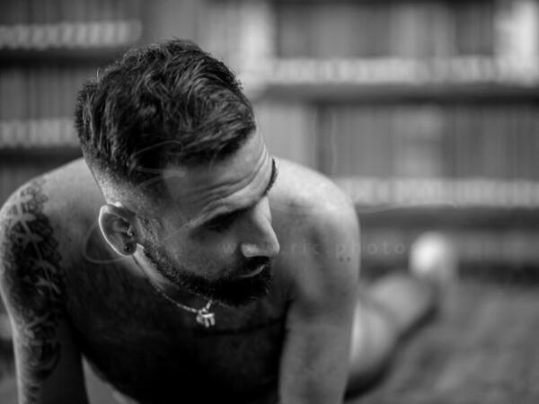 L'étude du corps en noir et blanc | body study