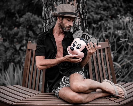 les tribulations de Mickey | Mickey's tribulations