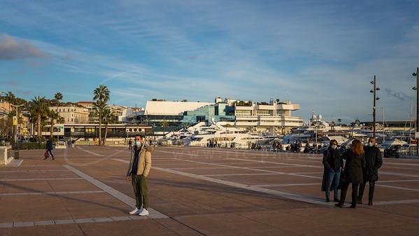 Le palais des festivals et des congrès de Cannes