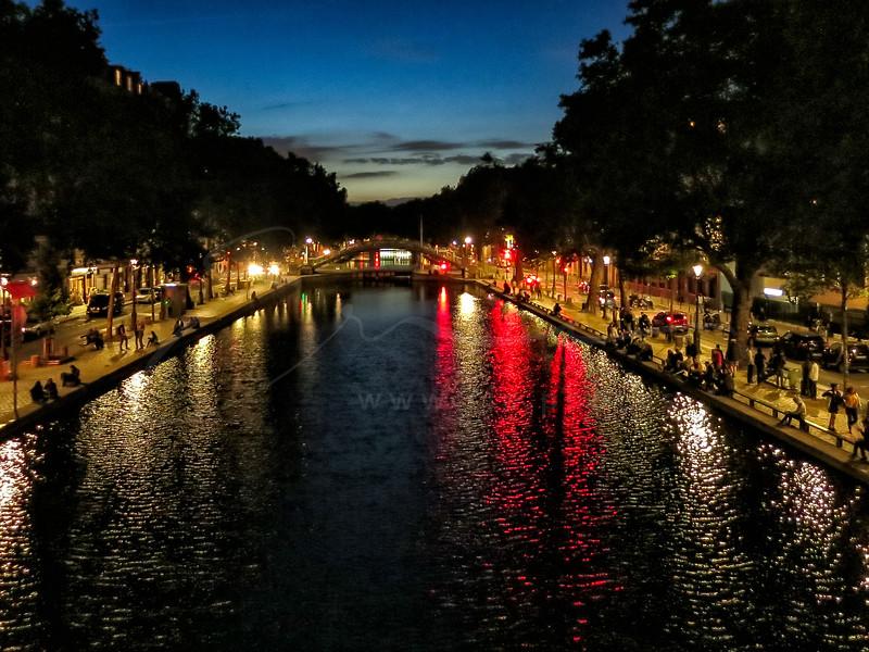 au canal Saint-Martin