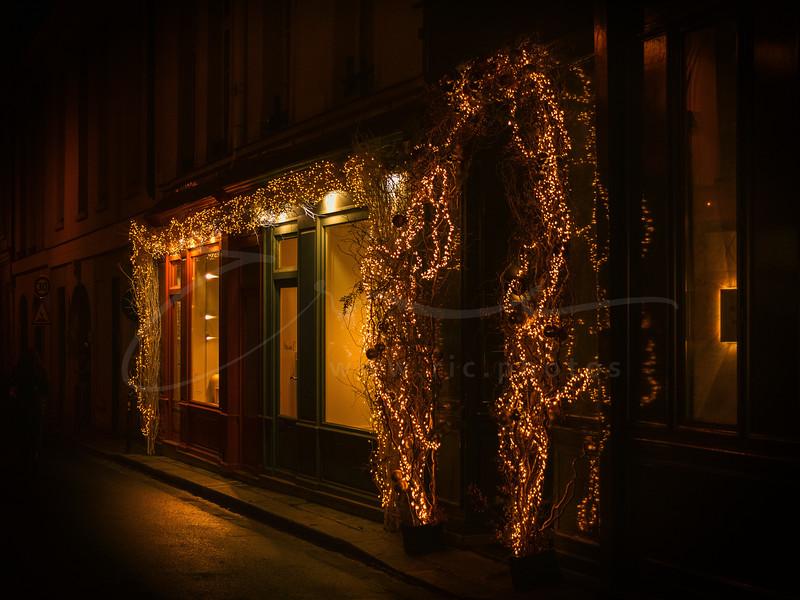 Décoration de Noël au Marais | X-mas decoration in the Marais