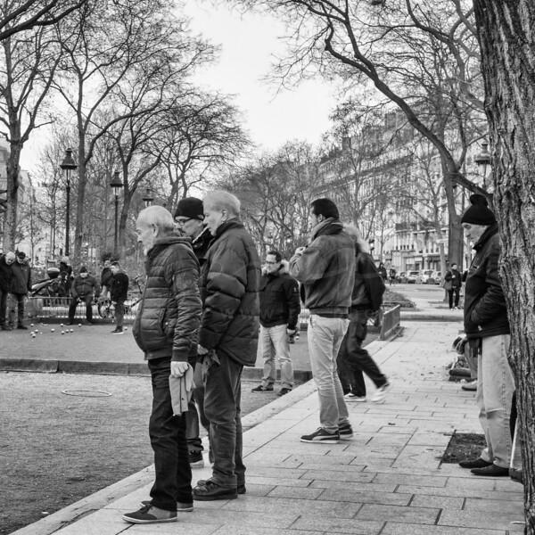 le plaisir des boules au Boulevard Richard Lenoir