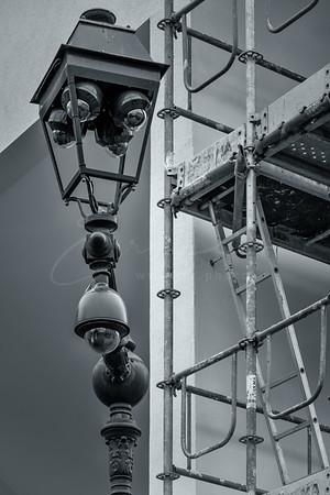 l'éclairage ou la surveillance ? | Lighting or surveillance?
