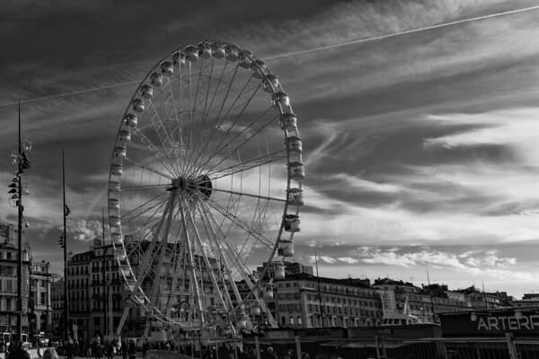 La grande roue au vieux port   The Giant Ferris Wheel at the old oort
