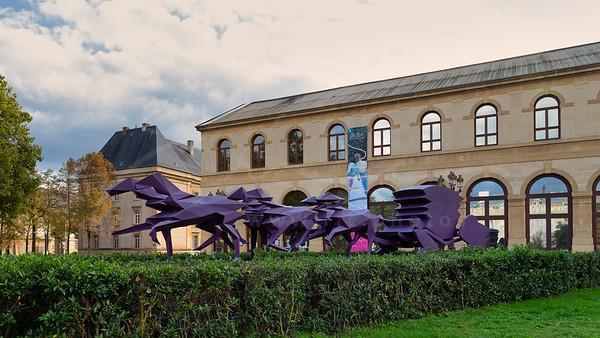 l'art devant l'Arsenal à Metz