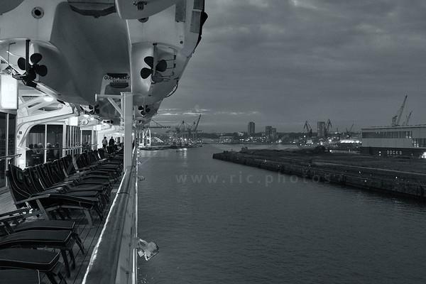 la vue sur le port d'Hambourg en Allemagne