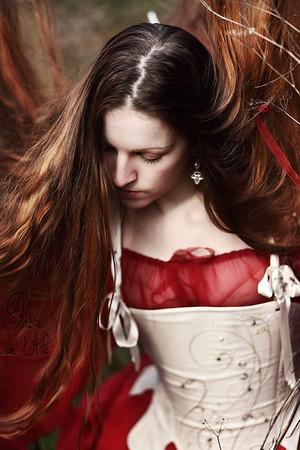 Ivy ... > sa page facebook ici : http://www.facebook.com/IvyMod.Aile  Copyright : Ambre de l'AlPe