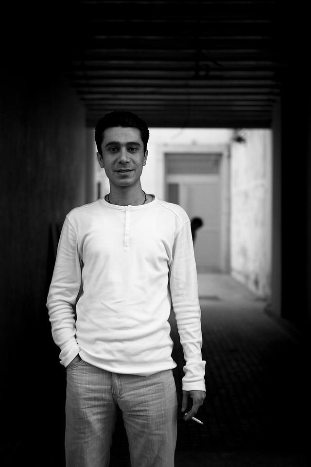 Yasser Navabi, Iranien