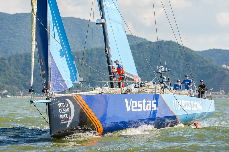 Volvo Ocean Race 2018 - Stop over Itajai, Brasil  - In-port race - Team Vestas approaching the Mark in good speed! #volvooceanrace2018 #volvooceanraceitajai #sailing #competition #cleanseas #Itajai #Brasil #volvooceanrace #teamvestas #vestas #TurnTheTideOnPlastic