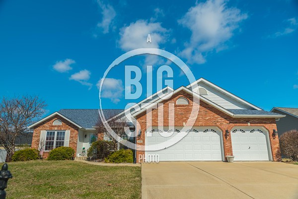 109 Northwoods Dr, Troy IL