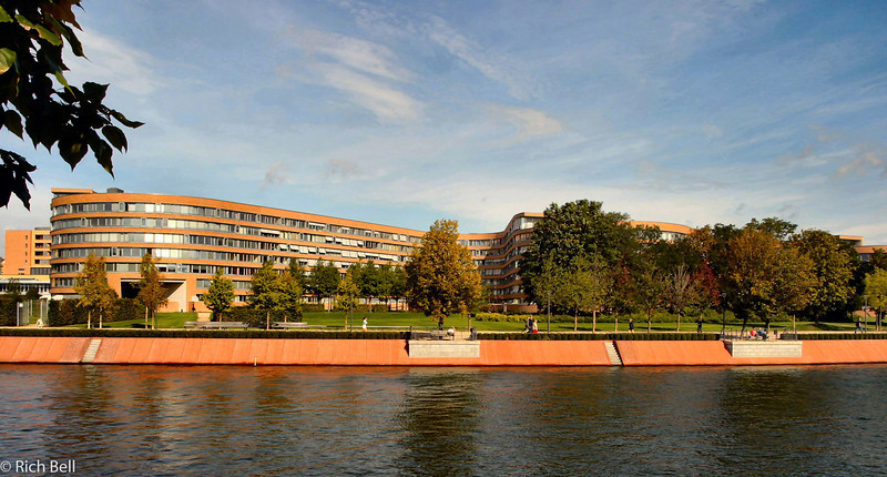 20040912Apartments on Speer River in Berlin Germany0060