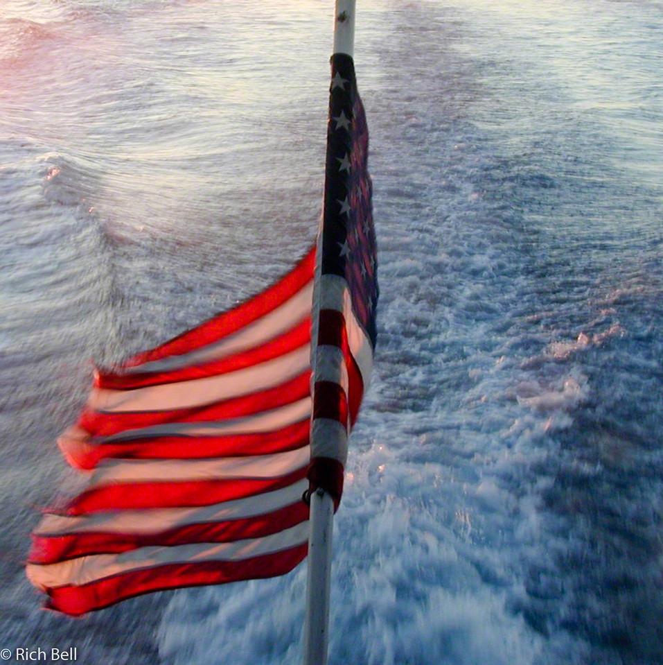 20100721Flag on  Boat 0024