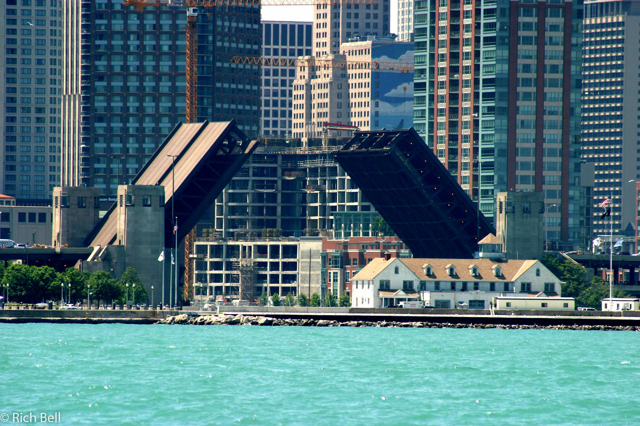 Drawbridge open from chicago Harbor
