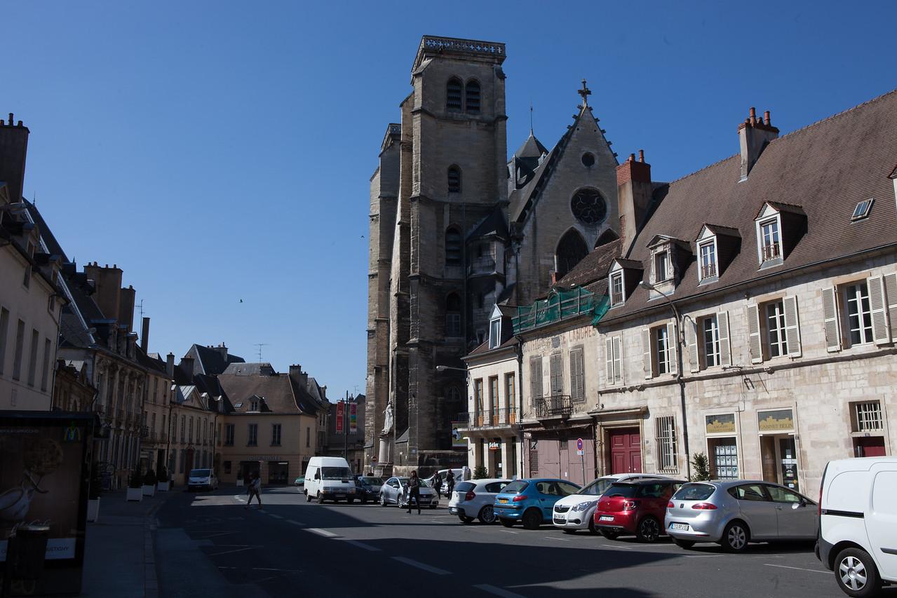 20140416 Dijon 2291_2_3_tonemapped