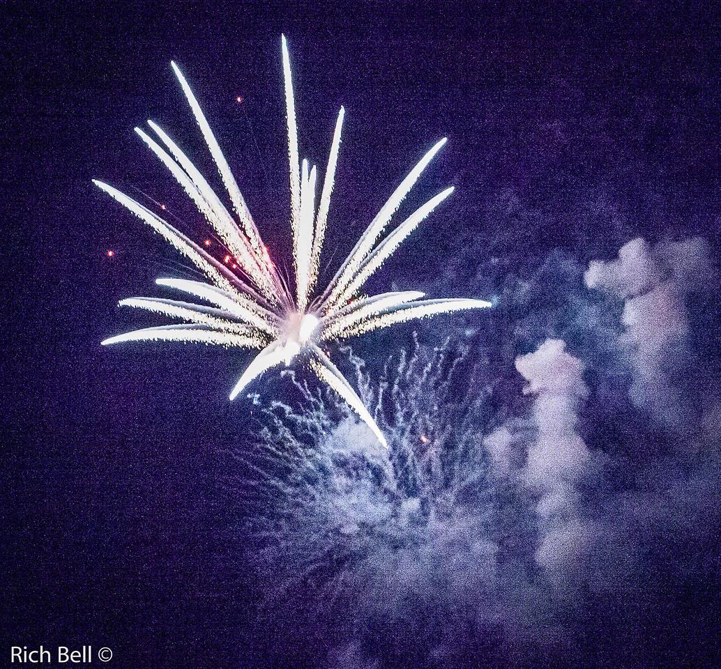 20130704 Geist Fireworks -0588