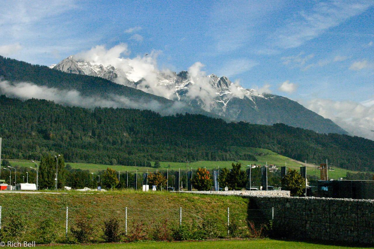 20040928Mountains near Innsbruck Austria0525