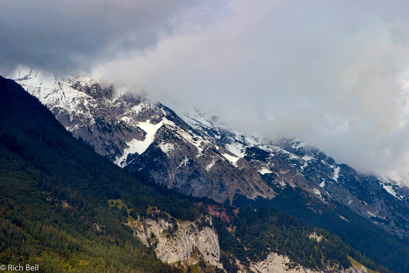 20040927Snow cap mountain in Innsbruck Austria 20508