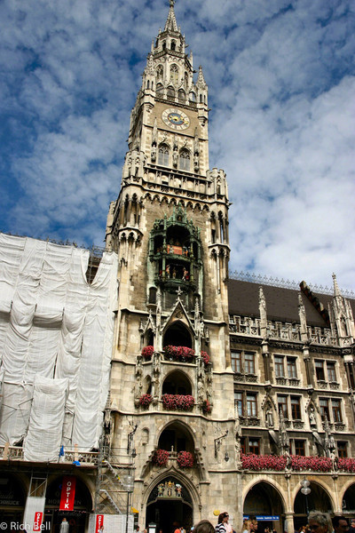 20040913Glockenspiel in Marienplatz Munich Germany 30102