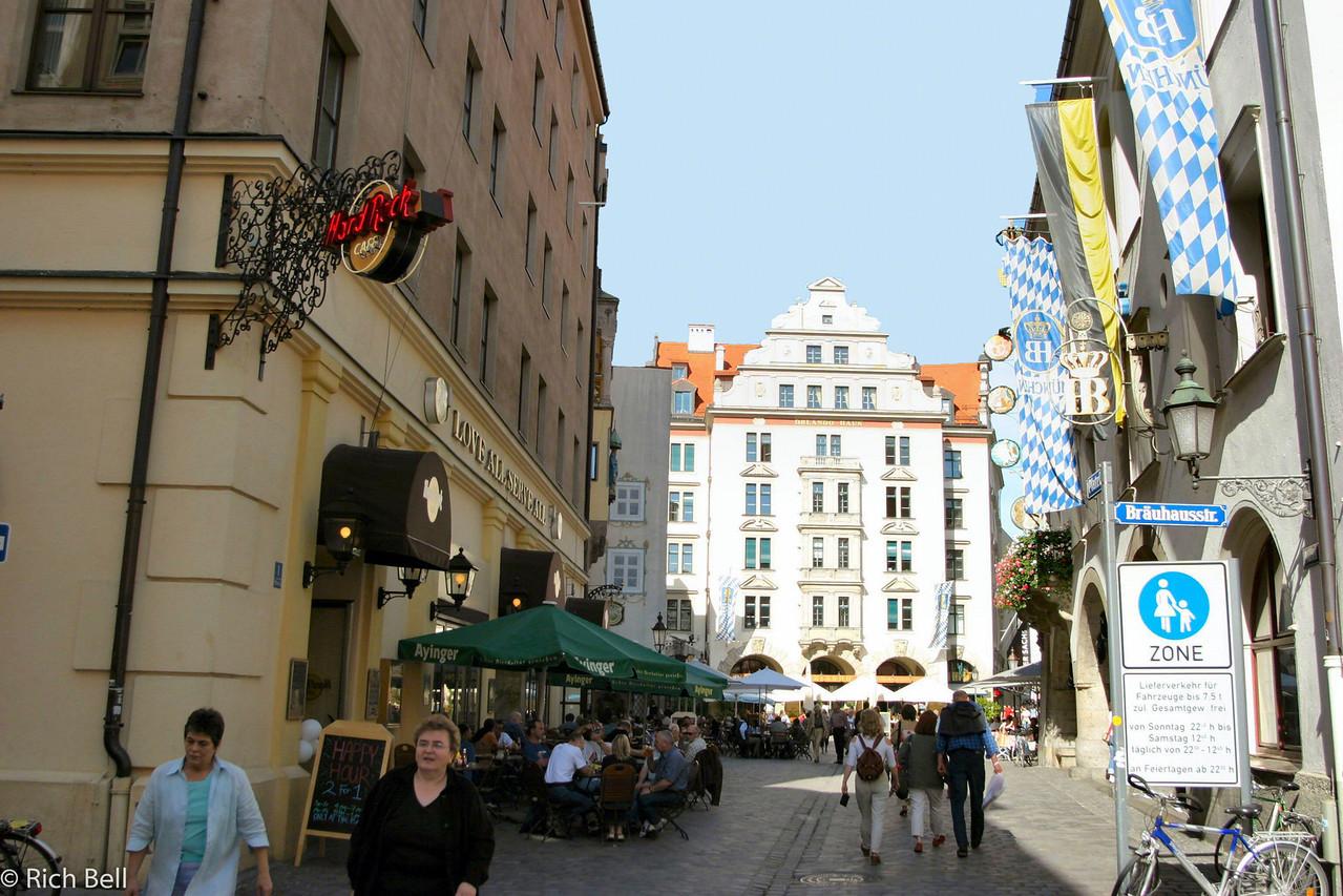 20040913Hofbrauhaus and Hard Rock from street Munich Germany0107