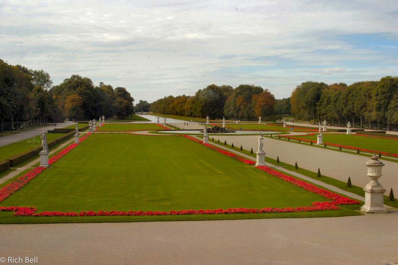 20040913Nymphenburg Palace back yard Munich Germany0092