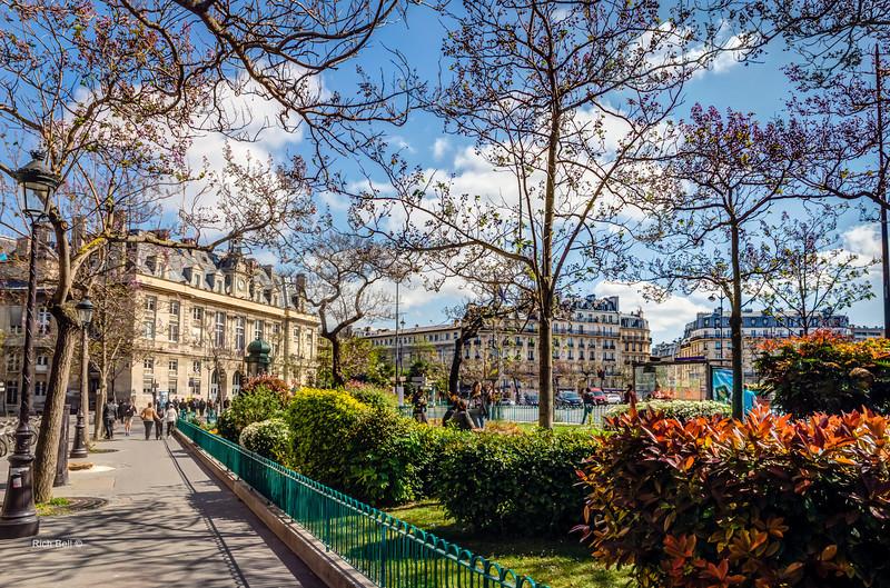 20140415 Paris 2099_100_101Natural