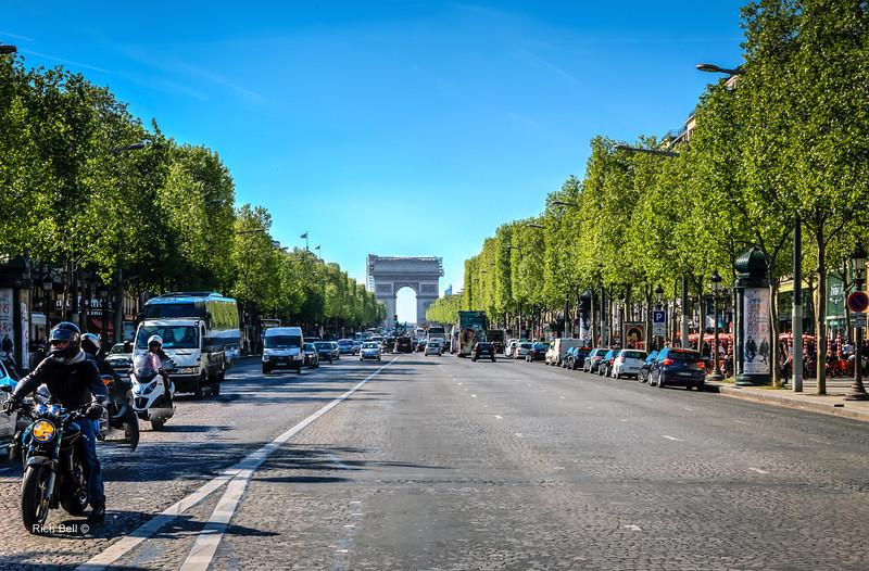 20140415 Paris 2192_3_4Balanced