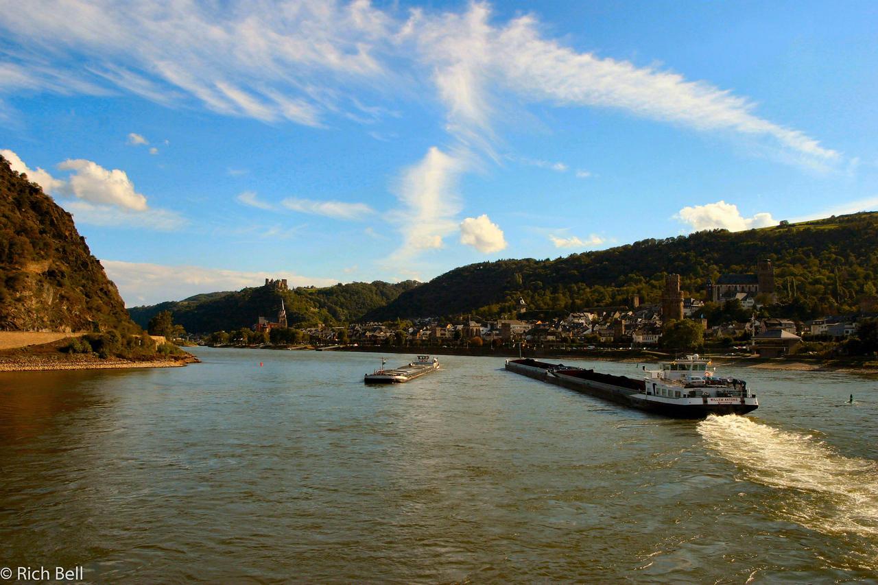 20040915Near Loreley on the Rhine River Germany0151