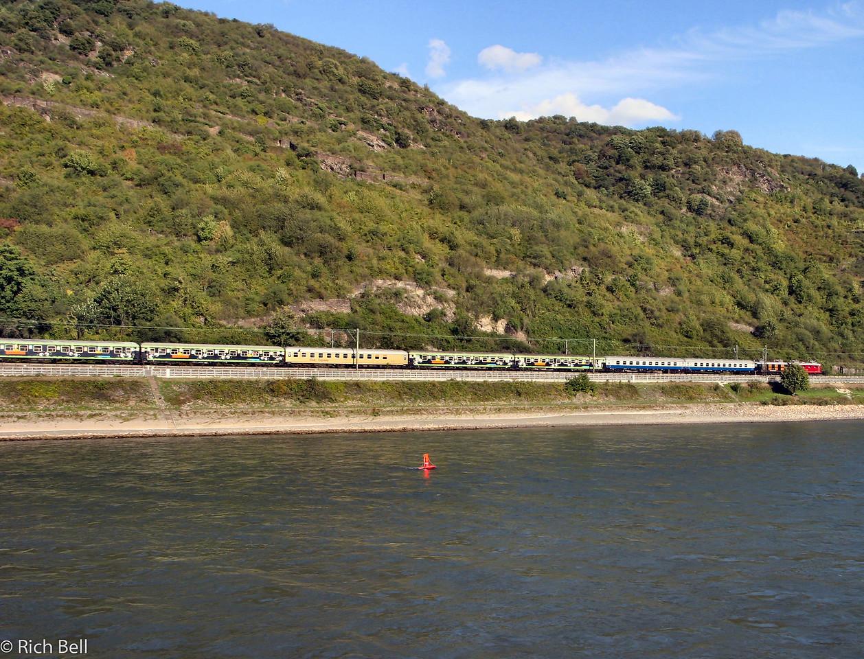 20040915Train next to the Rhine River Germany0184