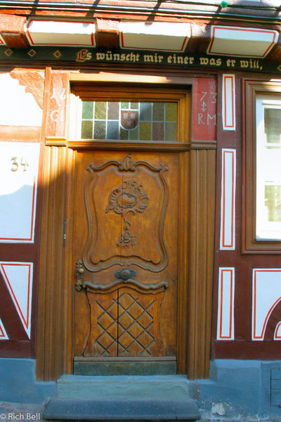 20040916Door in Bacharch Germany on the Rhine River0142