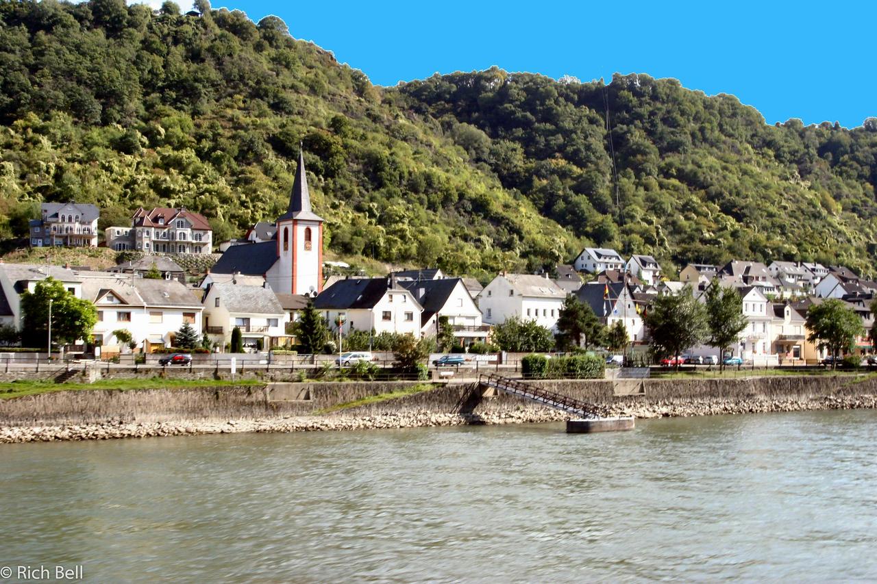 20040915Burg Maus on the Rhine River Germany 50140