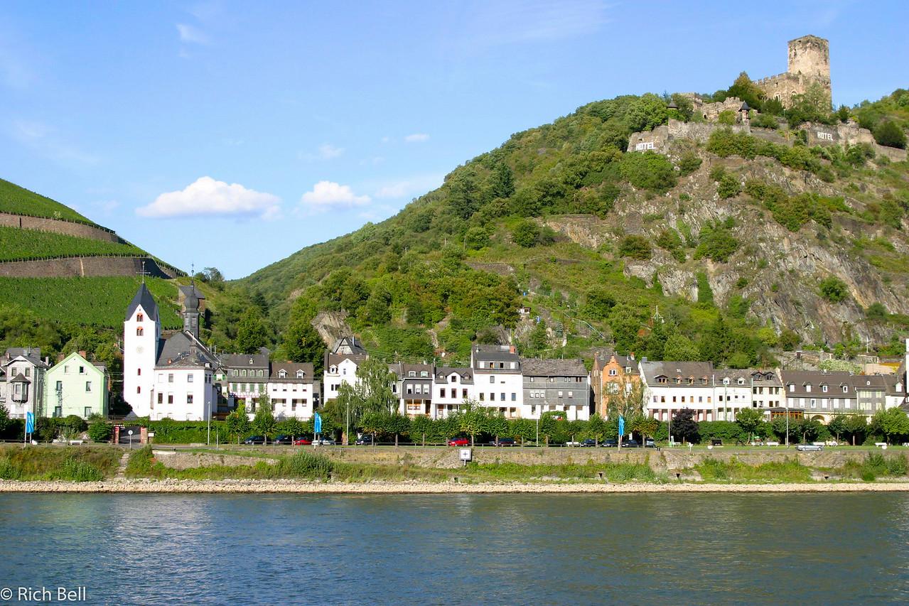 20040915Rhine River near Bacharch Germany 90168