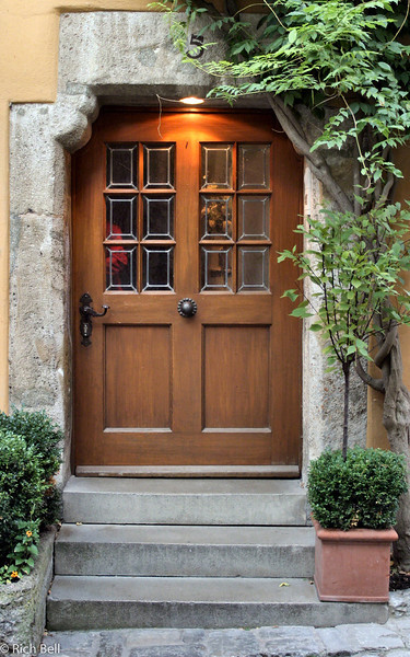 20040917Door at Rothenberg Germany 20192