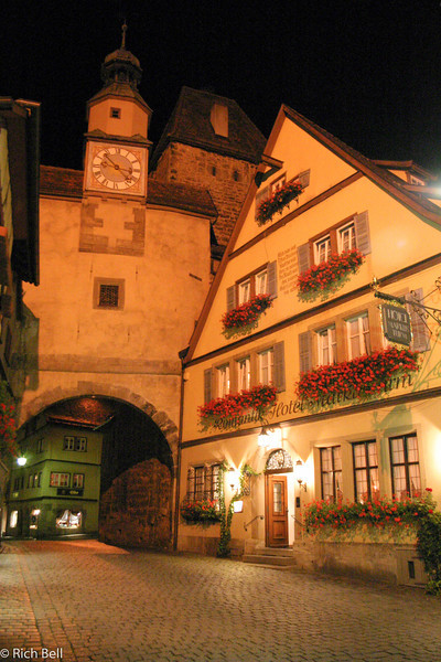 20040917Rothenberg Germany at Night 30208