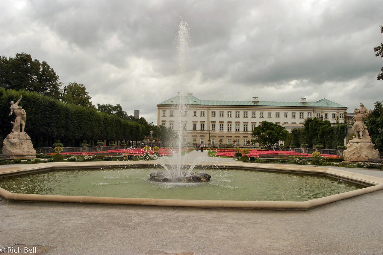 20040922Maribella Gardens Salzburg Austria 30247