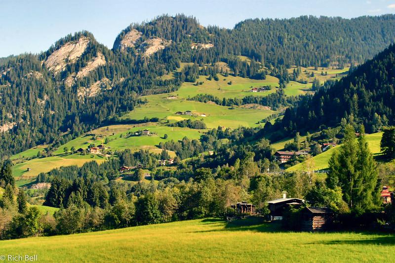 20040920Foothills near Schmalding Austria 20273