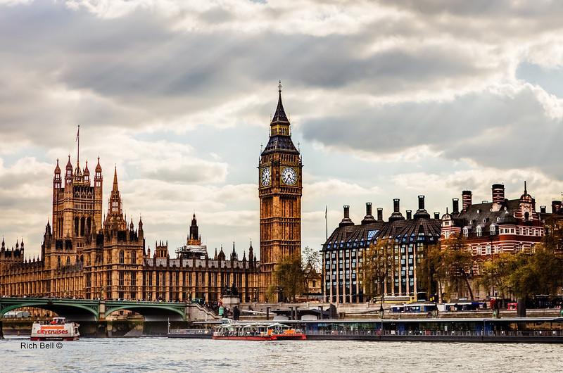 20140410 London 679_80_81Natural