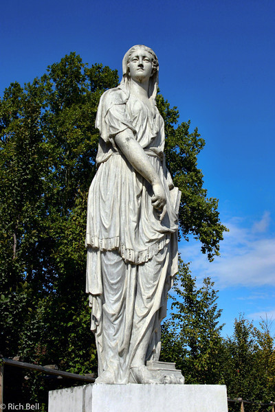 20040926Schonbrunn Palace  Statute Vienna Austria 50410