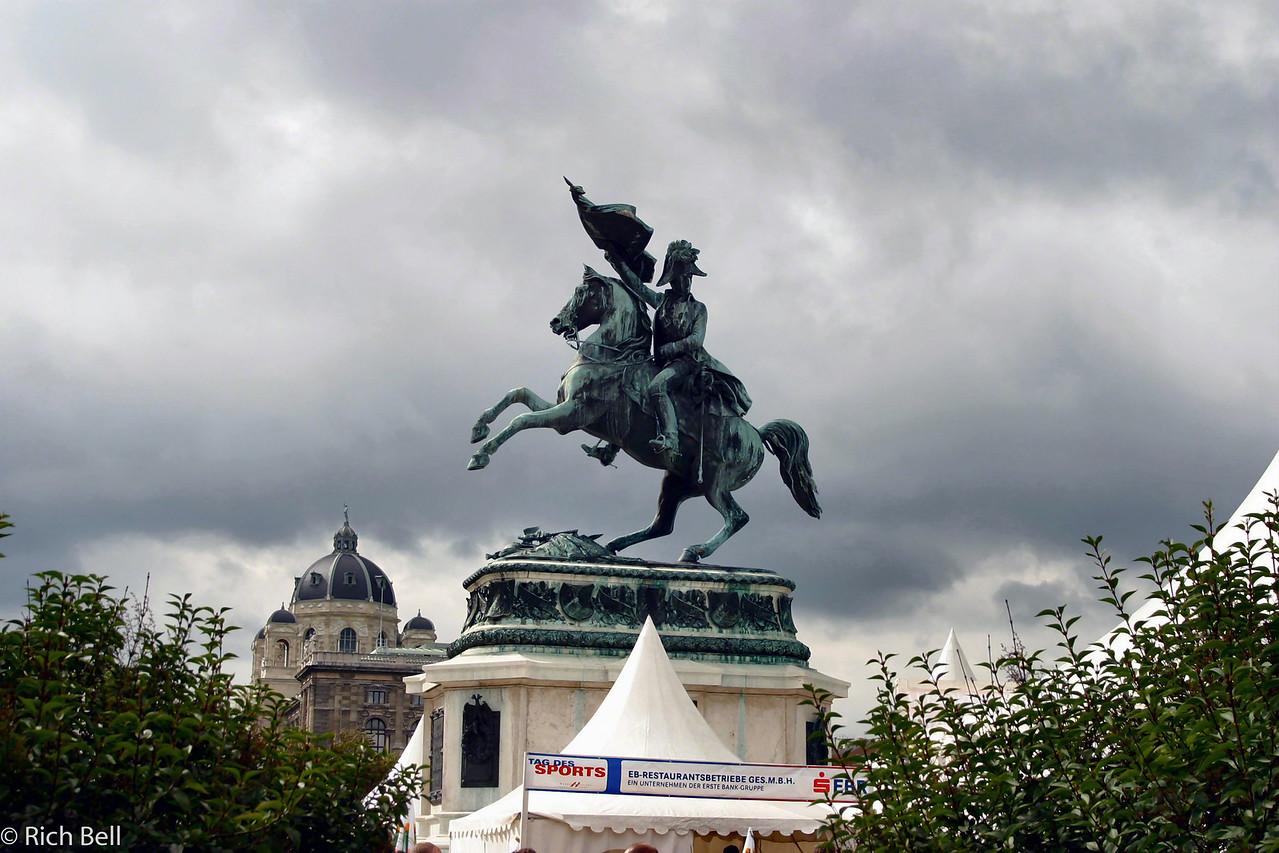 20040925Hofburg Palace Statute Vienna Austria0379