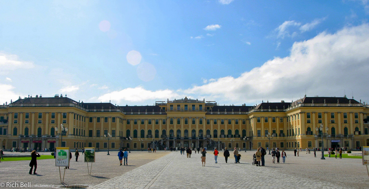 20040926Schonbrunn Palace  Vienna Austria0414
