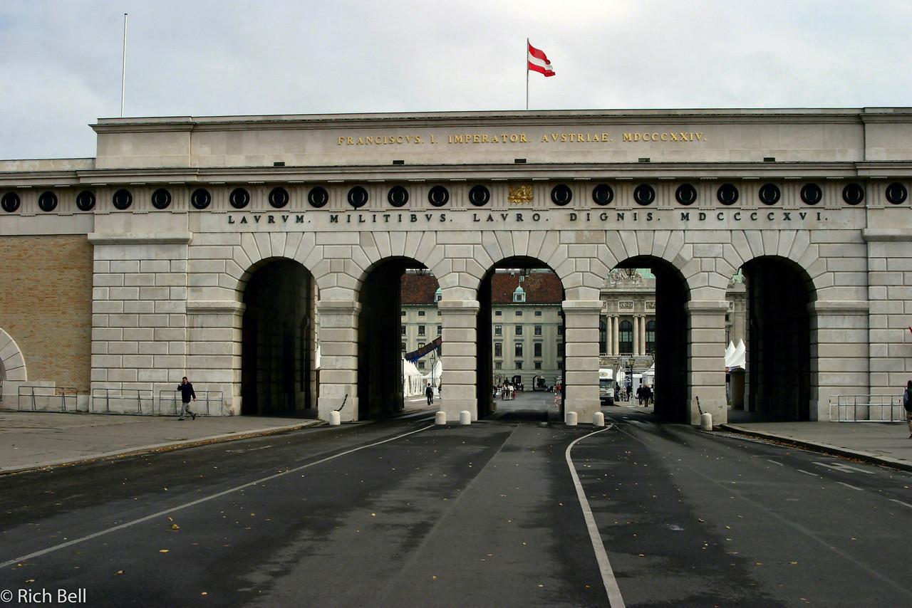 20040926Hofburg Palace Archway Vienna Austria 20377