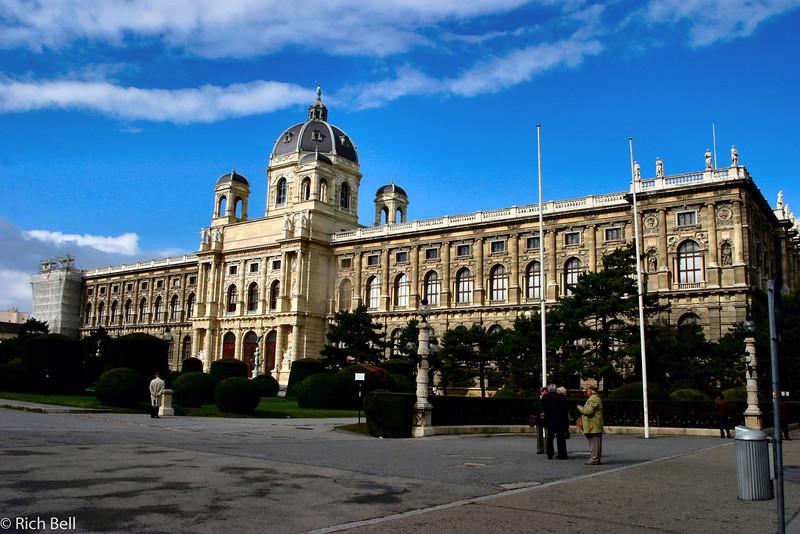20040926Natural History Museum Vienna Austria0400