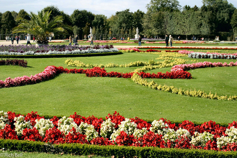 20040926Schonbrunn Palace  Gardens Vienna Austria0405