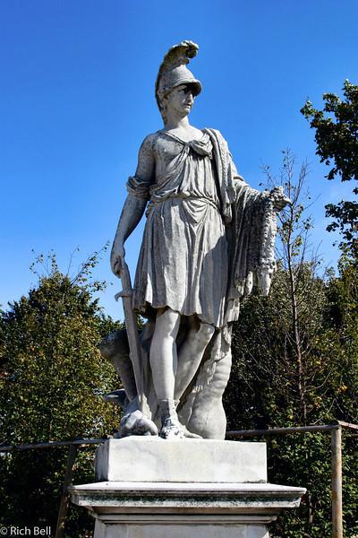 20040926Schonbrunn Palace  Statute Vienna Austria 30408