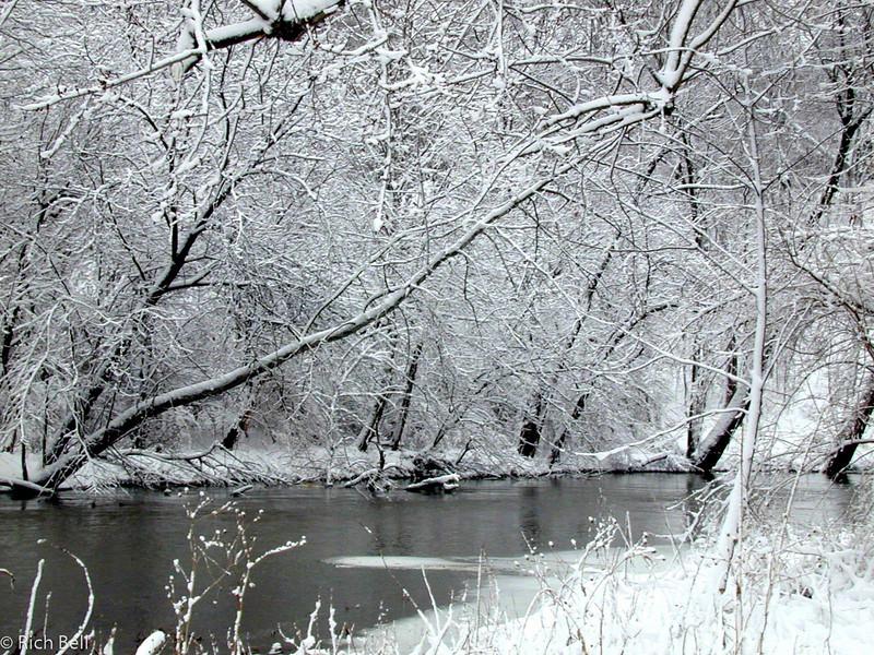 20100721Fall Creek Pkwy0089