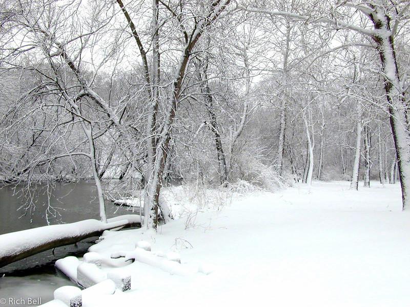 20100721Fall Creek Pkwy0085